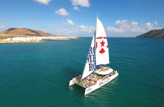 Katamaran Tour Lanzarote Wir lieben La Graciosa